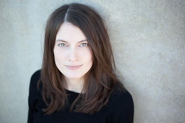 Lena Kiefer, Jugendbuchautorin